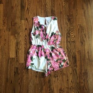 Pants - White pink Floral flowy romper